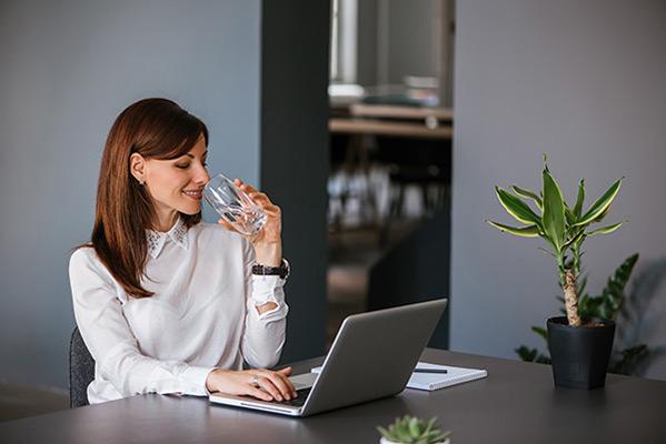 Хидратация и работоспособност – говорят експертите